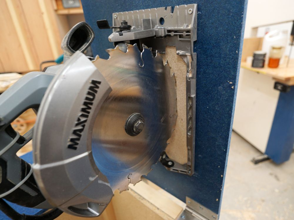Making a table saw ibuildit i will admit that this can be a hair raising operation if you are watching it but theres little actual risk if you are being careful having a smaller keyboard keysfo Images