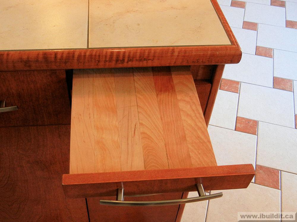 Wonderful Kitchen Renovation / Makeover - IBUILDIT.CA OE06