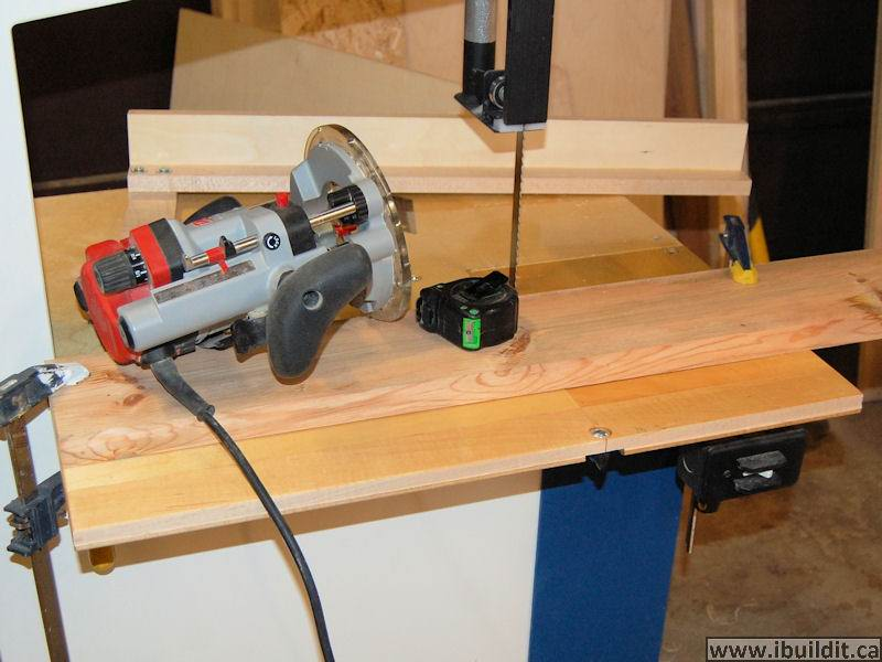 router band saw measuring tape