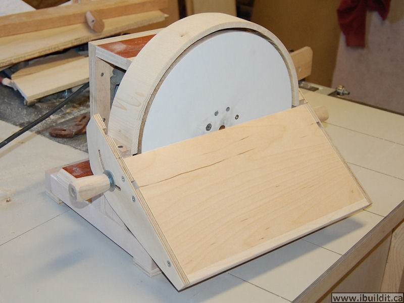 How To Make A Disk Sander - IBUILDIT.CA Homemade Disc Sander Plans on homemade thickness sander plans, homemade drum sander parts kits, homemade pipe sander plans, homemade lathe compound feed, homemade wood sander machine for, homemade edge sander plans, homemade spindle sander plans,