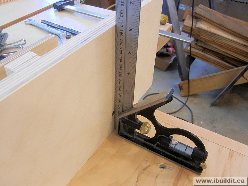 Putting a router and lift in the extension wing on a table saw how to add a router extension to your table saw greentooth Image collections
