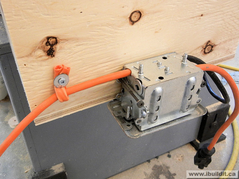 Putting a router and lift in the extension wing on a table saw wiring up the router keyboard keysfo Images