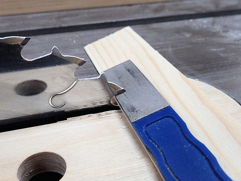 How To Sharpen A Saw Blade Shop Tricks Tips Ibuildit Ca